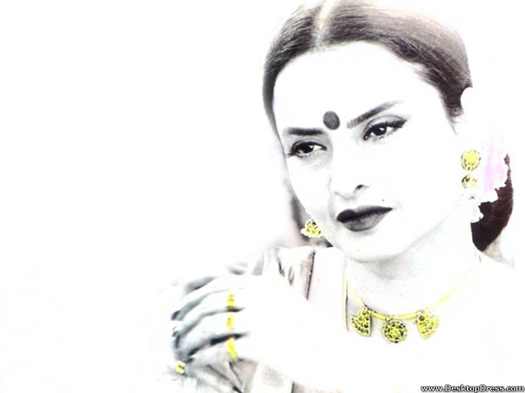 Desktop Wallpapers » Bollywood Backgrounds » Rekha » www