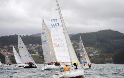 Este sábado, si el tiempo lo permite, última etapa del igualadísimo Trofeo de Navidad de cruceros en Aguete