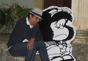 Mafalda y Emilio pensativos
