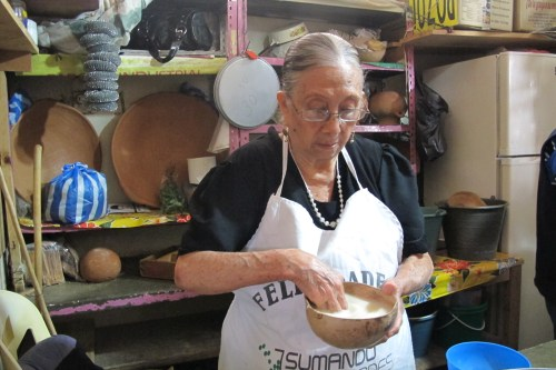 Doña Candelaria, pozolera/Foto: Gabriela Barrios