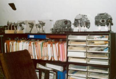 oneshelfmuseumsmall