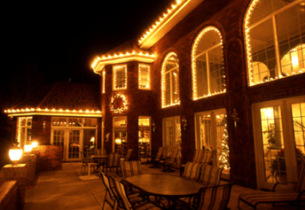 Des Moines Outdoor lighting specialists