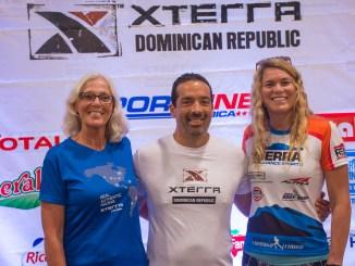 Janet Clark, Polibio Schiffino y Kara Lapoint