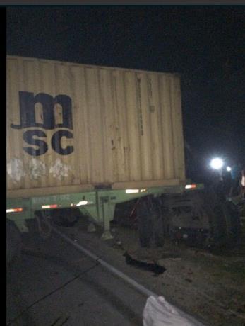 al-menos-16-muertos-y-13-heridos-en-accidente-carretera-sanchez-nagua (2)