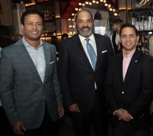Carlos Flores, José Zapata y José Luis Castillo.