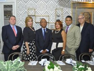 Jose Gonzalez, Josefa Rodriguez, Miguel Cabrera, Dicla Lopez, Heriromy Castro y Enrique Cambier.