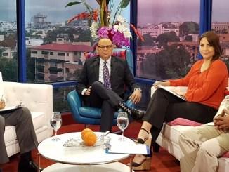 Trajano Potentini, al ser entrevistado en el programa Matinal 5 de Tele-Micro por. Persio Maldonado, Geraldino González y Laura Castellanos.