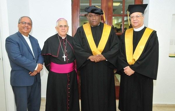 Monseñor Ramón Benito Ángeles, Monseñor José Grullón, Jesús Castro Marte y Ramón García Tatis