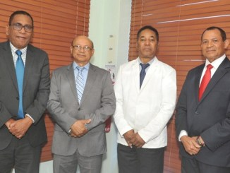 Los doctores Andrés Manzueta, Francisco Neftalí Vásquez, Carlos Ramírez Suero y Gregorio Severino De León.
