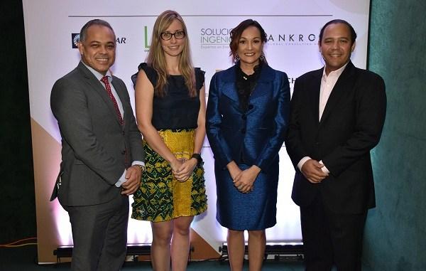 Ulises Jiménez, Ana Karina Cárdenas, Lady Reyes y Augusto Romano.