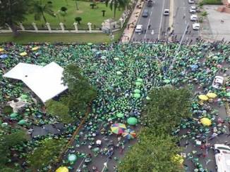 El manifiesto proclamado ayer por la Marcha Verde exige la convocatoria de una Asamblea Constituyente para reformar la justicia, así como medidas para enjuiciar a los culpables de corrupción en entidades públicas