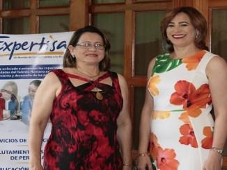 Carmen Rosa Fernández y María Esther Fernández