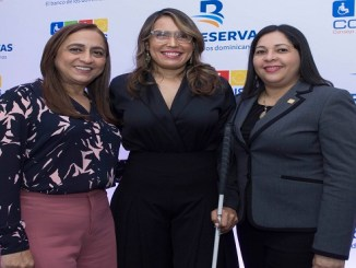 Jacqueline Ortiz de Lizardo, Francina Hungría y Saida Fernández.
