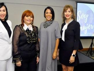 Rosanna Guzmán, Rommy Grullón, Raquel Cabrera y Marbel Lugo.
