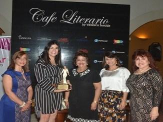 Hilda García, Ana Simó, Verónica Sención, Celines Madera y Virginia de Simó