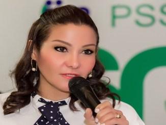 La directora del SRSM, doctora Mirna Font-Frías, mientras explicaba la logística del Operativo Semana Santa 2018