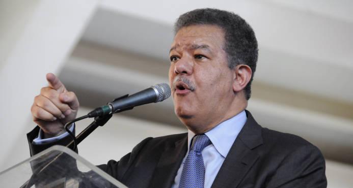"""""""Con fuerza e imposición se podrá vencer, pero no convencer"""", dice Leonel Fernández en Nueva York"""