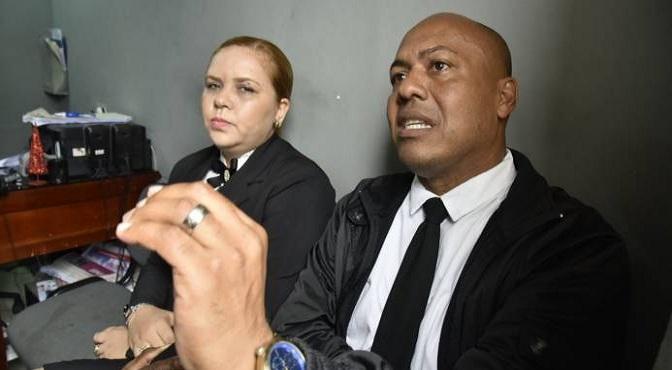Oficiales de la Policía detenidos están acusados de robo de RD$2 millones