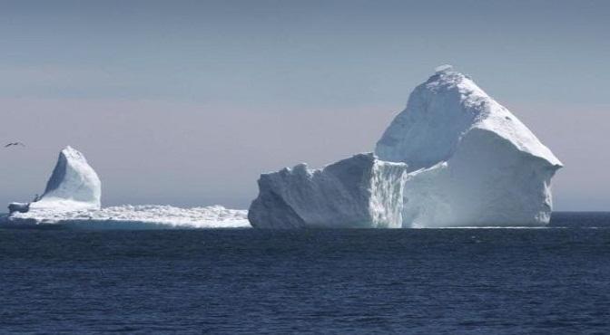 Alerta de posible tsunami tras ruptura de enorme iceberg