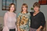 Rosa Mariana Brea, Yanira Fondeur de Hernández y Alma Portorreal de Saviñón.