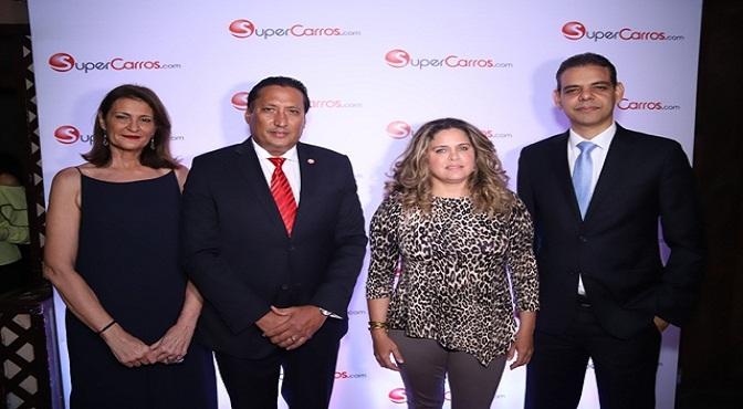 Soledad Carballo,Cristian Muñoz, Hinya de Peña y Elvin Ogando.