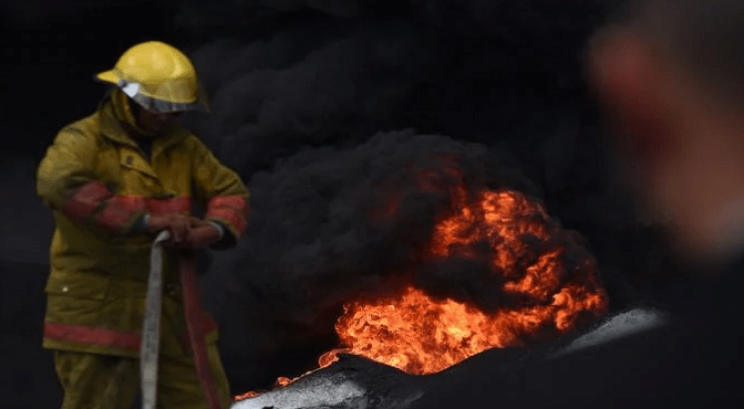 Chofer que suplía gas a Polyplas pidió apagaran todo al percatarse de fuga de gas