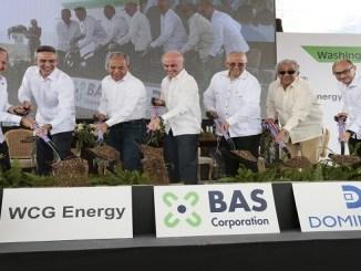 Ejecutivos de WCG Energy y autoridades del sector eléctrico dan primer picazo.