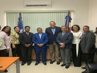 El magistrado Francisco Contreras y el ingeniero Alejandro Montás trazaron el plan y coordinaron las acciones a ejecutar junto al personal de ambas instituciones.