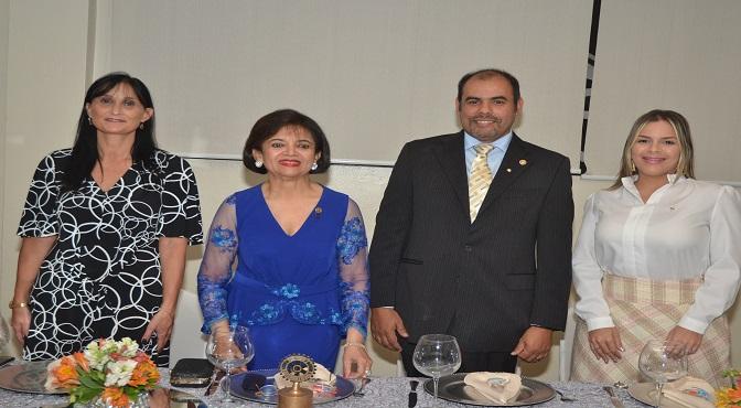 La embajadora de Argentina Nora Elizabeth Capello, Emma Valoy, Christian Gabriel Leguizamón y Lura De Luna.