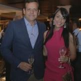 Erik Bueno y Bianca Thomas de Bueno.