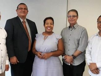 Felix Peguero, Juan Tejada, Milka Hernàndez, Luis José Chávez y Augusto Valdicvia