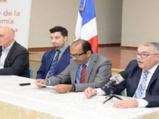 Pavel Isa, Carlos Ramos, Rafael Espinal y Armando Barrios, en la presentación del informe