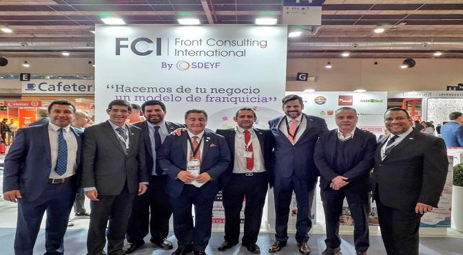 1-Miembros de FCI de diferentes paises_