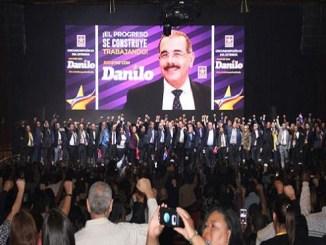 Seguidores del presidente Danilo Medina en la costa Noreste de Estados Unidos se reunieron en el gran Teatro United Palace, de Nueva York.