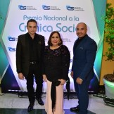 Cherny Reyes, Mirna Pimentel y César José.