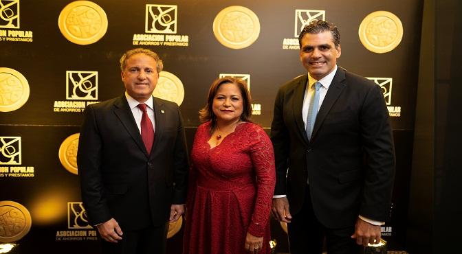 Gustavo Ariza, Nurys Marte y Leandro Sebele.