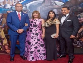 Simón Lizardo Mézquita, Jacqueline Ortiz de Lizardo, Gris Vásquez y Gustavo Polanco.