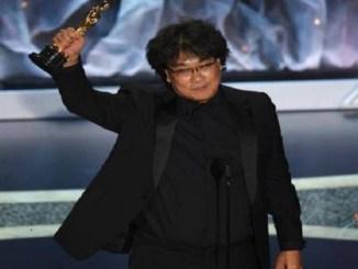 """Bong Joon Ho, se llevó los principales Oscar por """"Parasite""""."""