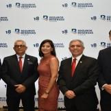 Jean Paul Quiroz, Osiris Mota, Patricia Vargas, Ludy Gonzalez y Carlos Gabriel Alma.