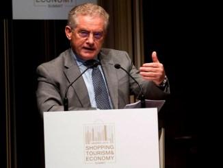 El director Ejecutivo de la Organización Mundial del Turismo, Manuel Butler.