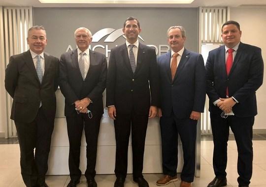Augusto Mantilla, General Wesley Clark, Roberto Herrera, William Malamud y Amaury Abreu