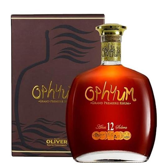 Los destilados de la Casa Oliver cumplen con altísimos estándares de calidad.