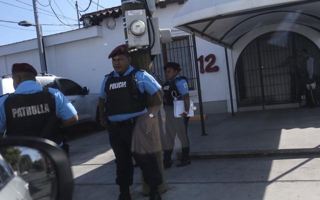 """Régimen intensifica """"venganza política"""" contra periodistas y medios independientes, alerta la FVBCH"""