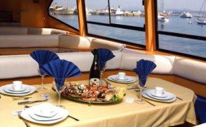 paseos en barco con mariscadas