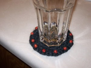 Quick and Easy Beaded Coaster {free crochet pattern}