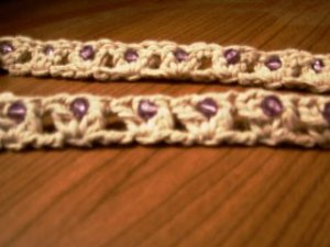 V-Stitch Headband {free crochet pattern}