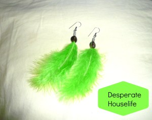 How to Make Beaded Feather Earrings {diy}