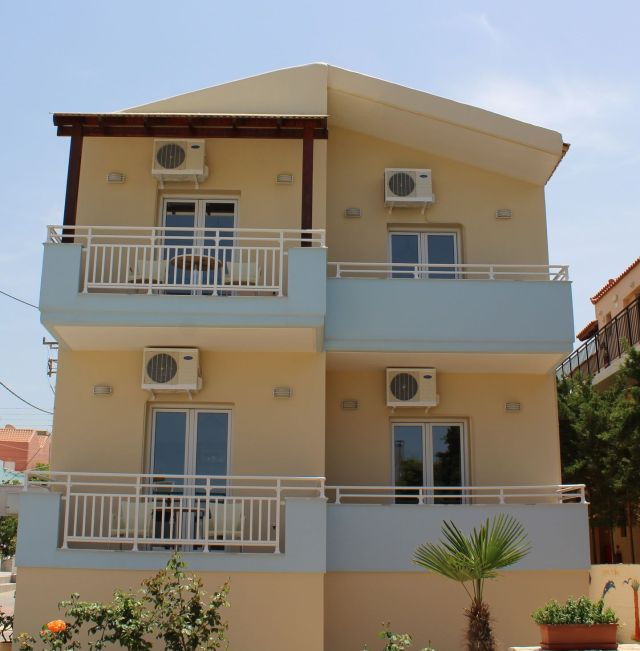 Agia Marina Beach View Studios