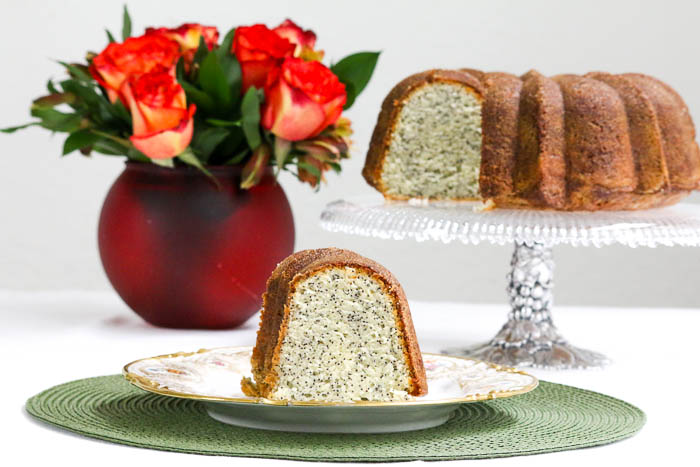 Lemon Poppy Seed Cake Lemon Poppy Seed Cake is a moist, slightly nutty, lemony cake that will make all who eat it smile brightly. An easy recipe, too!