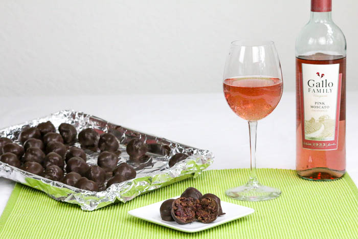 Cranberry Orange Walnut Truffles incorporate four flavors of the holiday season. An easy recipe that will please everyone. #SundaySupper #GalloFamily